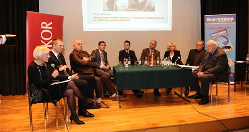 Sudionici Panel diskusije s lijeva na desno: Puljić, Knez, Katavić, Evačić, Šantić, Vukelić, Rakuša Martulaš, Urban i Gavranović