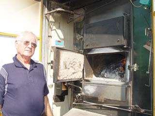 Franjo Novosel iz Orešca za sušenje 1,2 tona duhana potroši u prosjeku 2 metra cjepanica drva