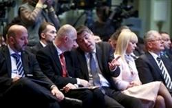 Uz članove hrvatske Vlade na konferenciji je sudjelovala i Elżbieta Bieńkowska, povjerenica Europske komisije za tržište, industriju, malo i srednje poduzetništvo (snimio Slavko Midžor/Pixsell)